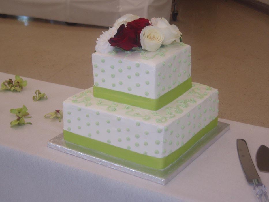 maui wedding cakes square cakes