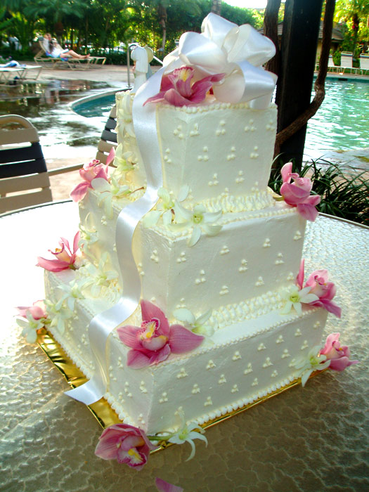 Wedding cake photos maui wedding cakes square cakes junglespirit Gallery